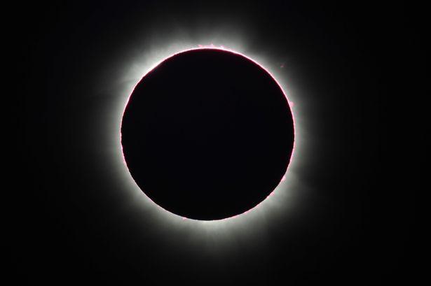 Eklips i plot diellor ne Mars