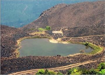 Liqeni në model zëmre në Kerala të Indisë