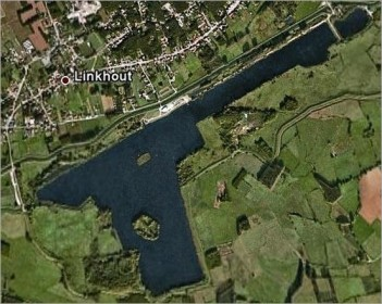 Liqeni Schulensmeer  në Belgjik në formë pistolete.